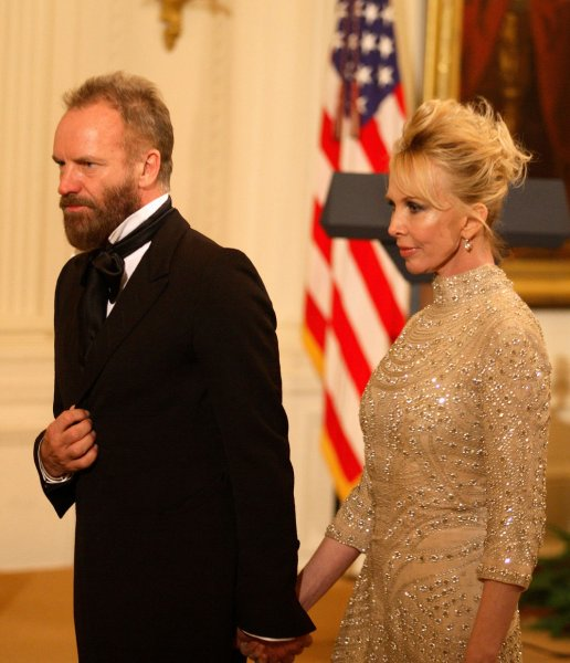 Musician Sting and wife, Trudie Styler arrive at an East Room reception in the White House in Washington on December 6, 2009 for the 2009 Kennedy Center Honorees. UPI/Martin H. Simon/Pool