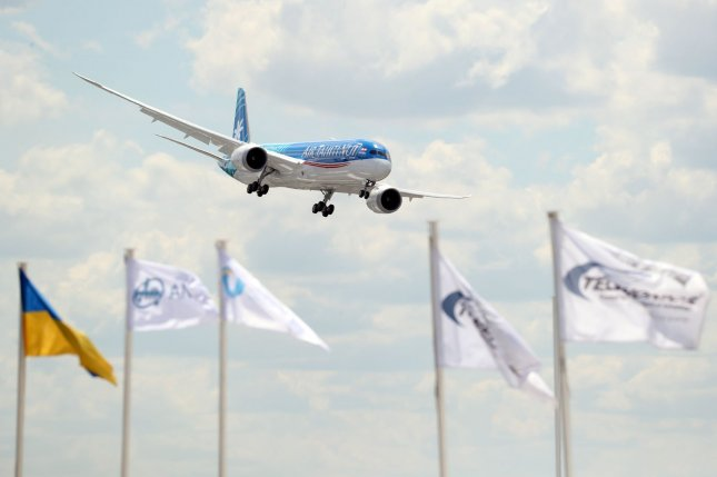 A Boeing 787-9 performs a demonstration flight on June 17 at the 53rd international Paris Air Show at Le Bourget, France. Photo by Eco Clement/UPI