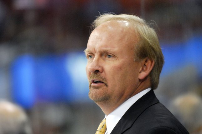 Dallas Stars coach Lindy Ruff will not return to the team. His contract with the team was not renewed. File photo/Grant Halverson)