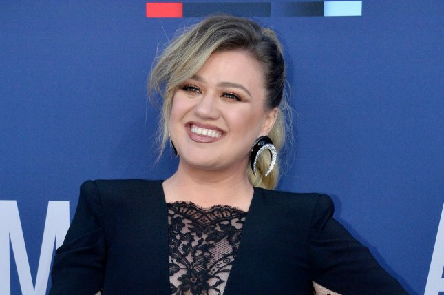 Kelly Clarkson will take the stage at the Billboard Music Awards in May. File Photo by Jim Ruymen/UPI