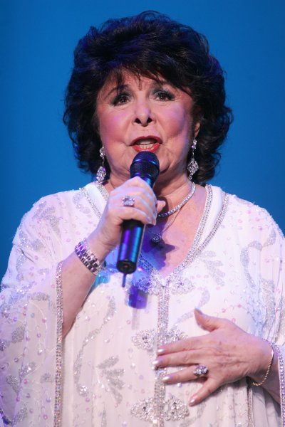 Eydie Gorme performs at the Sinatra theater in the Bank Atlantic Center in Sunrise, Florida on February 2, 2008. (UPI Photo/Michael Bush)