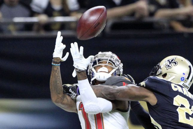 Tampa Bay Buccaneers wide receiver DeSean Jackson tries to bring in a catch during a game against the Dallas Cowboys at the Mercedes-Benz Superdome on November 5, 2017. Photo by AJ Sisco/UPI