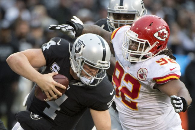 The Oakland Raiders and QB Derek Carr host their AFC West rivals the Kansas City Chiefs this Sunday. Photo by Terry Schmitt/UPI