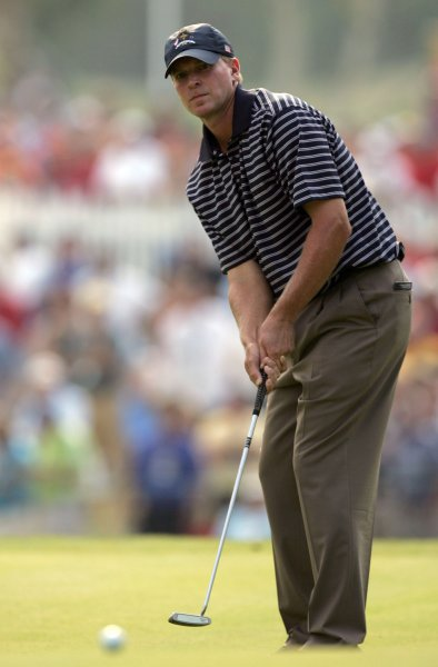 Team USA's Steve Stricker watches his putt on the 14th green in four-ball match play against team Europe during the second round of the Ryder Cup at the Valhalla Golf Club in Louisville, Kentucky on September 20, 2008. (UPI Photo/Mark Cowan)