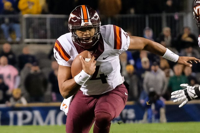 Virginia Tech Hokies quarterback Jerod Evans (4) rushes against the Pittsburgh Panthers in the first quarter in Pittsburgh on October 27, 2016. Photo by Matt Durisko/UPI
