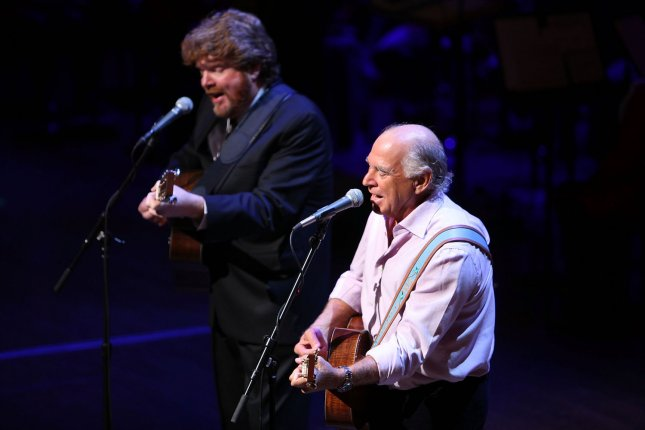 Musician Jimmy Buffett performs at a tribute to the late television journalist Walter Cronkite on September 9, 2009 at Lincoln Center in New York City. Numerous dignitaries attended the morning memorial service for the former CBS anchorman who died in July. UPI/Spencer Platt/Pool