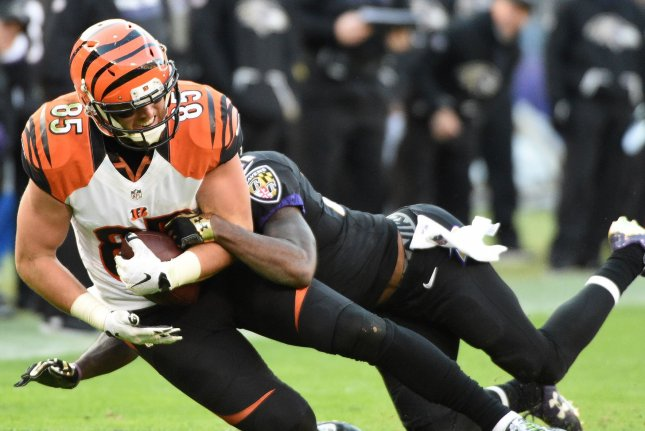 Bengals Fan Throws Hat At Andy Dalton Following Home Loss To Ravens