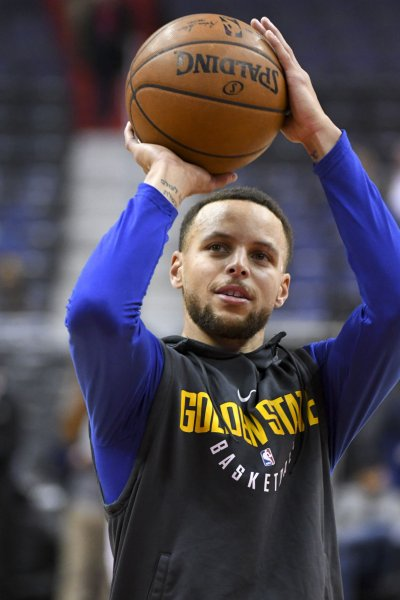 Stephen Curry is expected to return from a foot injury for Friday's game against the Atlanta Hawks. Photo by Mark Goldman/UPI
