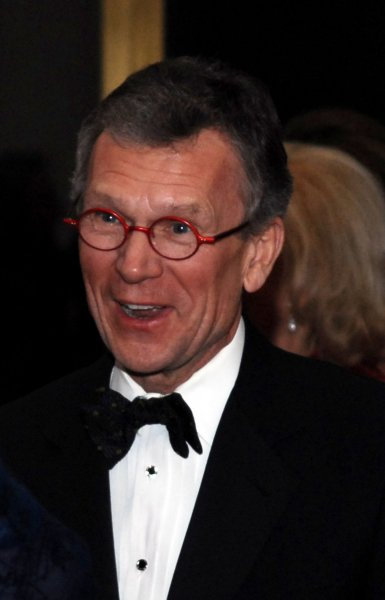 Former Senate Majority Leader Tom Daschle (D-SD) arrives at the Kennedy Center Honors in Washington on December 7, 2008. (UPI Photo/Alexis C. Glenn)