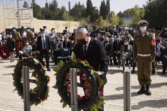 Israeli Prime Minister Benjamin Netanyahu lays a wreath at a ceremony on Thursday, Holocaust Remembrance Day, at the Yad Vashem memorial in Jerusalem, Israel. Photo by Maya Alleruzzo/UPI/Pool