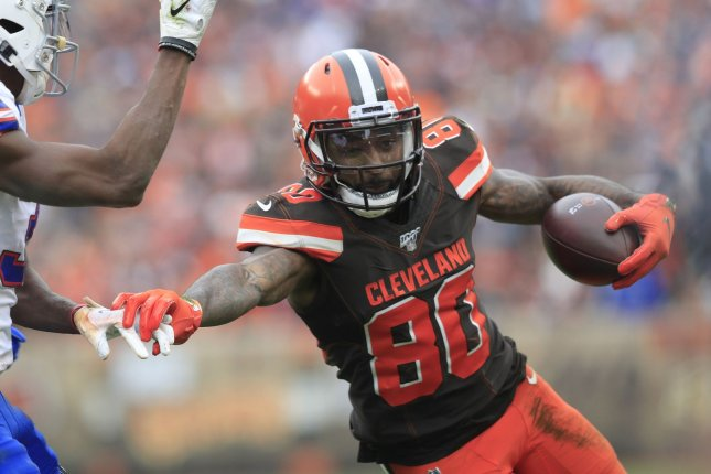 Cleveland Browns WR Jarvis Landry placed on IR with knee injury
