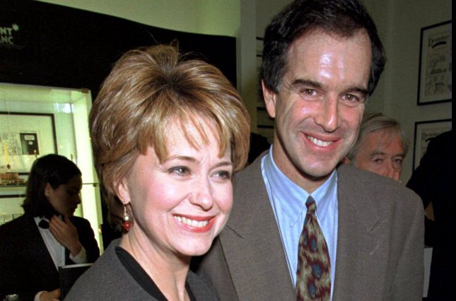 Political cartoonist and creator of Doonesbury, Garry Trudeau, appears with his wife, NBC News anchorwoman Jane Pauley, at the Monblanc Boutique in a UPI File Photo