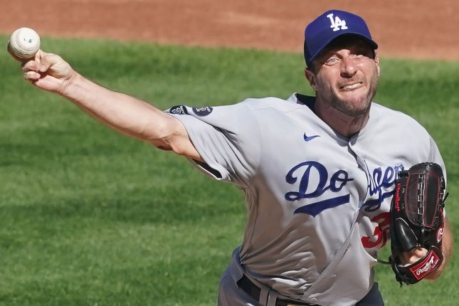 Max Scherzer strikes out 13, leads Dodgers over Cardinals