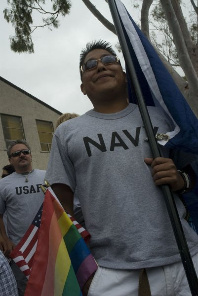 Military chaplains to perform gay weddings