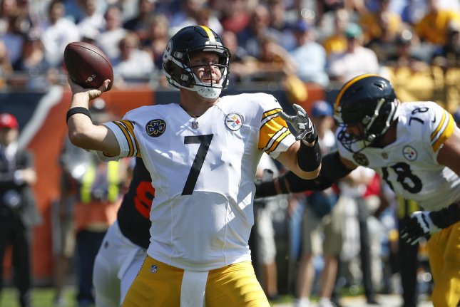 Ben Roethlisberger and the Pittsburgh Steelers square off with the AFC North Division rival Baltimore Ravens. Photo by Kamil Krzaczynski/UPI