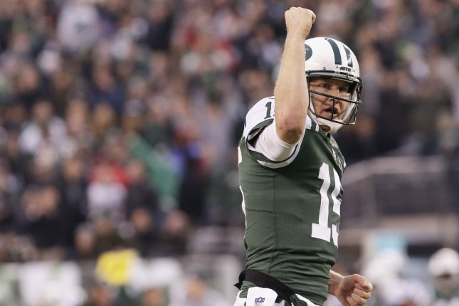 New York Jets quarterback Josh McCown celebrates after the Jets score on a 2-point conversion in the 4th quarter against the Kansas City Chiefs on December 3 at MetLife Stadium in East Rutherford, N.J. Photo by John Angelillo/UPI