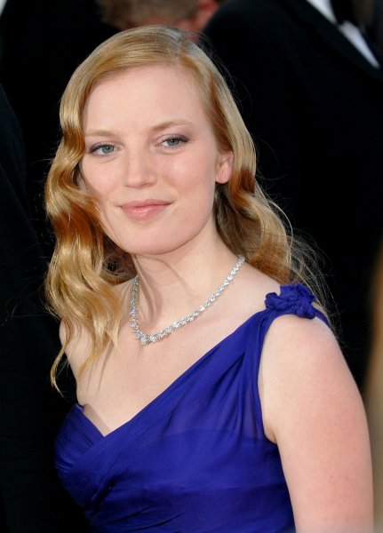 Canadian director and actress Sarah Polley arrives at the Palais des Festivals for the closing ceremony of the 60th Cannes Film Festival in Cannes, France on May 27, 2007. (UPI Photo/Christine Chew)