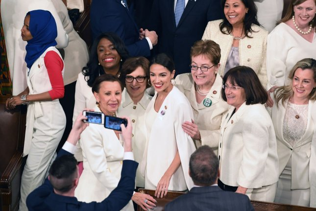 SOTU: Female Democrats wear white in solidarity with