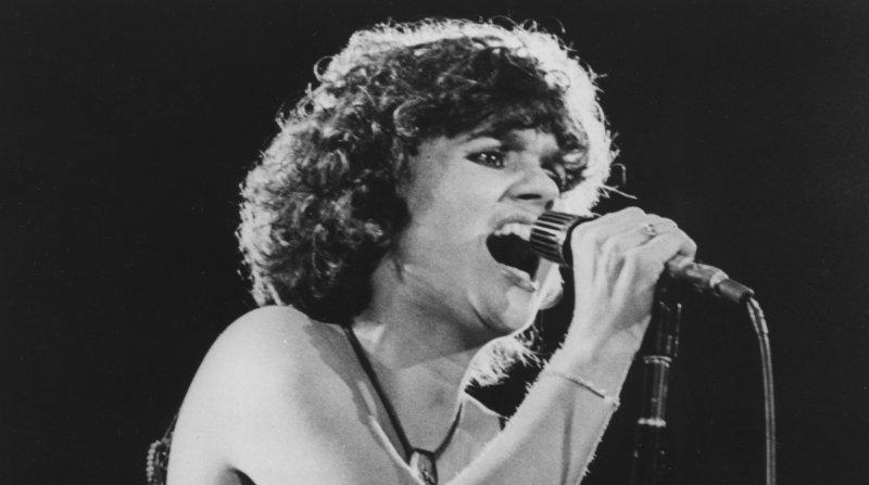 Linda Ronstadt in concert, 1978. (UPI Photo/lsm/File)