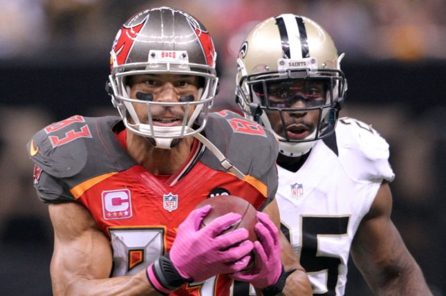 Former Tampa Bay Buccaneers wide receiver Vincent Jackson (L) died on Monday at 38 years old. File Photo by A.J. Sisco/UPI