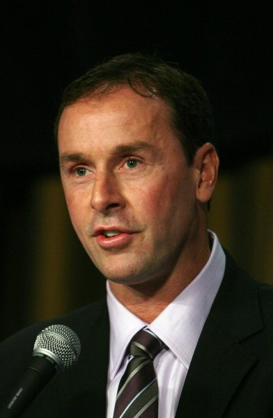 Former NHL player Joe Nieuwendyk speaks at an awards luncheon for friend former St. Louis Blues defenseman and the newest member of the Hockey Hall of Fame Al MacInnis, in St. Louis on November 20, 2007. MacInnis was named the St. Louis Ambassadors Sportsman of the Year.(UPI Photo/Bill Greenblatt)
