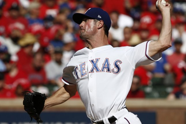 Chicago Cubs acquire lefty Cole Hamels in trade with Texas Rangers