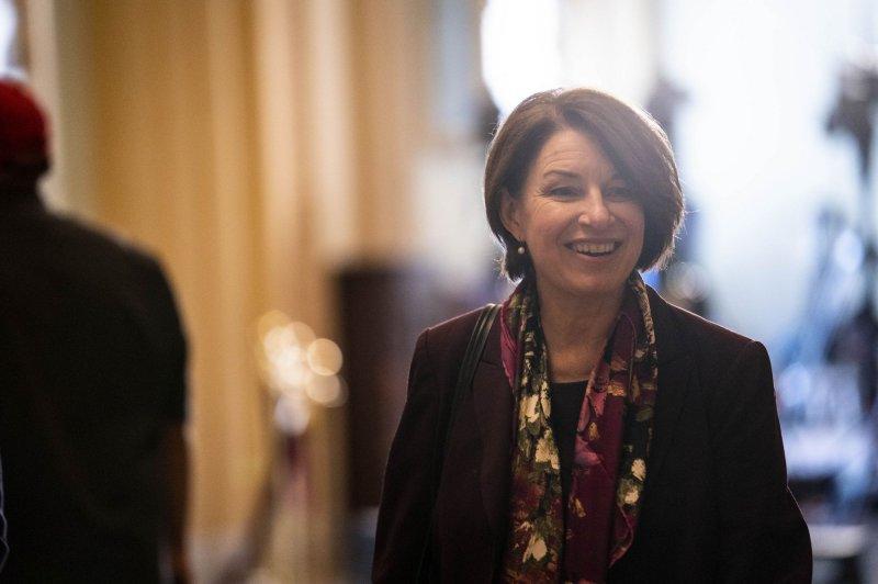 Minnesota Sen. Amy Klobuchar reveals 'scary' breast cancer diagnosis, treatments