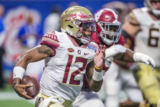 Florida State QB Deondre Francois faces marijuana charge, report says
