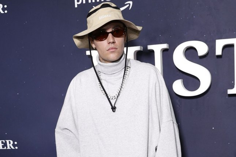 Justin Bieber, Diane Keaton navigate grief in 'Ghost' music video