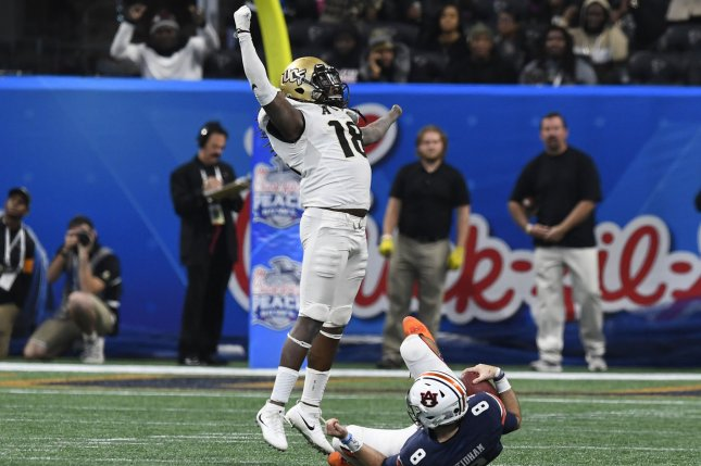 University of Central Florida Knights linebacker Shaquem Griffin (18) reacts after sacking Auburn Tigers quarterback Jarrett Stidham (8) during the Chick-fil-A Peach Bowl NCAA football game on January 1, 2018 at the Mercedes-Benz Stadium in Atlanta on January 1, 2018. Photo by David Tulis/UPI