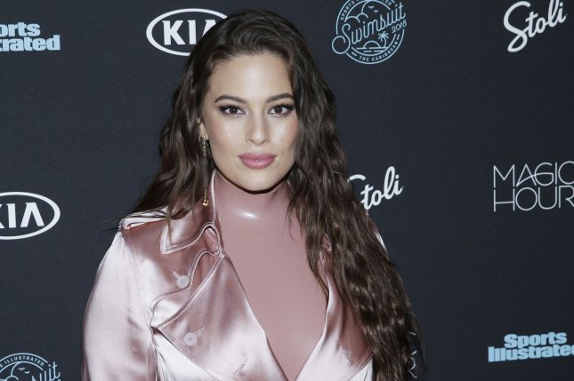Ashley Graham's New Swimwear Line Uses Unedited Paparazzi Photos
