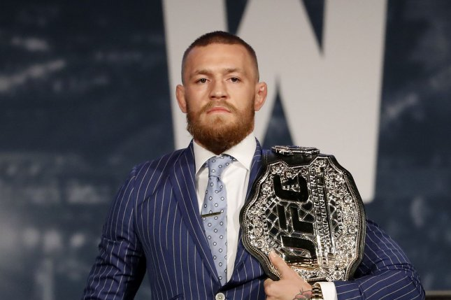 'The Fight Is On': Conor McGregor to Meet Floyd Mayweather in Octagon