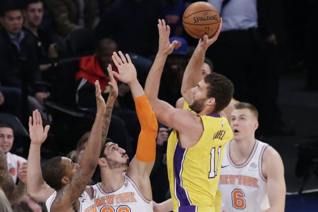 premium selection 50f14 cfb80 Los Angeles Lakers center Brook Lopez out at least three ...