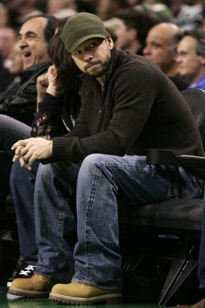 Actor Donnie Wahlberg attends the Boston Celtics game on November 24, 2006. (UPI Photo/Matthew Healey)