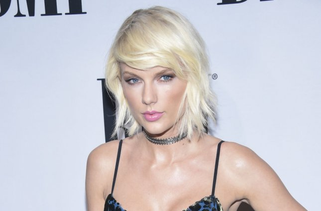 Taylor Swift Teases