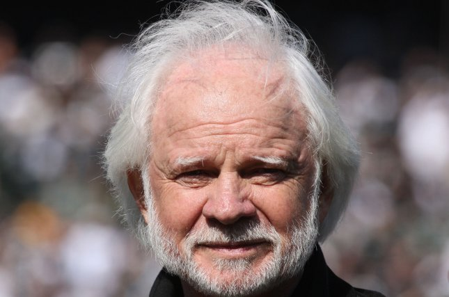 Former Oakland Raiders QB Ken Stabler watches the Raiders taker the field against the New York Jets at the Oakland Coliseum in Oakland, California on October 19, 2008. (UPI Photo/Terry Schmitt)