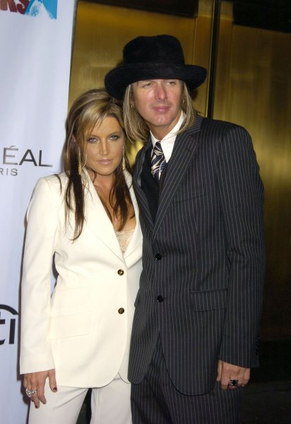 Lisa Marie Presley and Michael Lockwood ..at the Conde Nast Media Group presents the Fashion Rocks Second Annual live concert to celebrate fashion and music on September 8, 2005 at Radio City Music Hall .