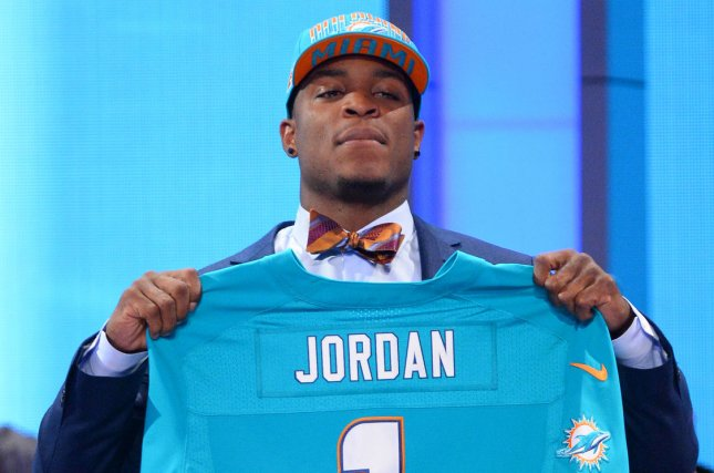 Wholesale Miami Dolphins waive DE Dion Jordan after failed physical  free shipping