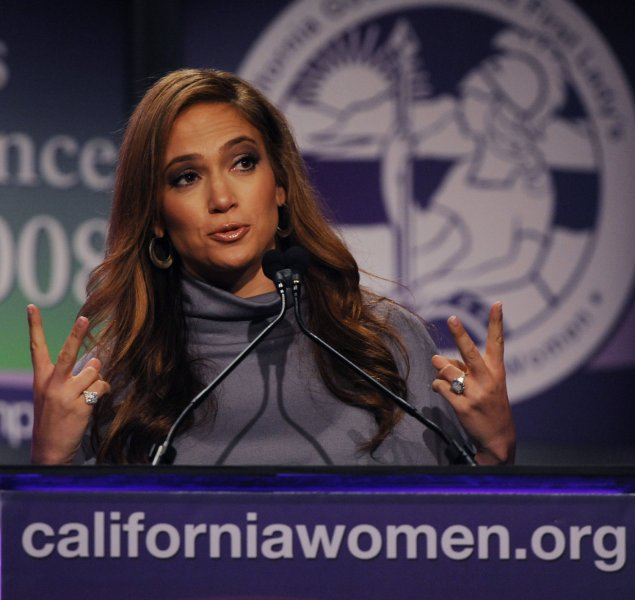 Singer and actress Jennifer Lopez addresses The Women's Conference 2008 in Long Beach, California on October 22, 2008. The conference , hosted by California's first lady Maria Shriver was attended by 14,000 women. (UPI Photo/Jim Ruymen)