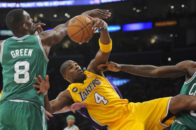 Los Angeles Lakers power forward Antawn Jamison (4) and Boston Celtics power forward Jeff Green (8) battle for the ball in the second half at Staples Center in Los Angeles on February 20, 2013. The Lakers won 113 to 99. UPI/Lori Shepler