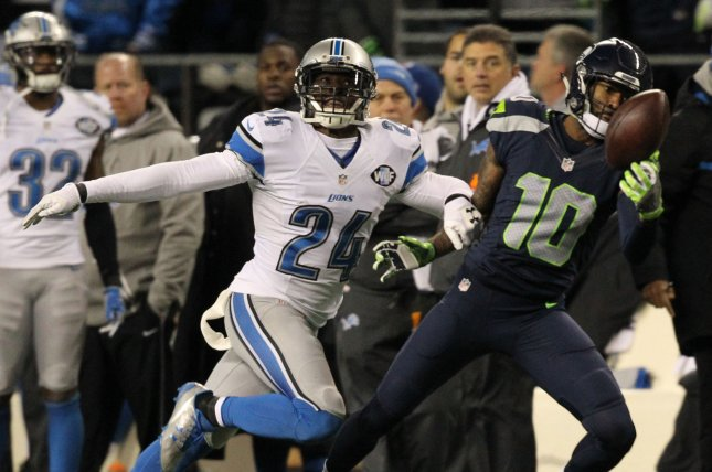 Seattle Seahawks wide receiver Paul Richardson (10) makes a one-handed catch of a 27-yard pass in front of defending Detroit Lions cornerback Nevin Lawson (24) in a Wild Card round of the NFL playoffs at CenturyLink Field in Seattle, Washington on January 7, 2017. The Seahawks beat the Lions 26 to 6 to advance in the playoffs. Photo by Jim Bryant/UPI