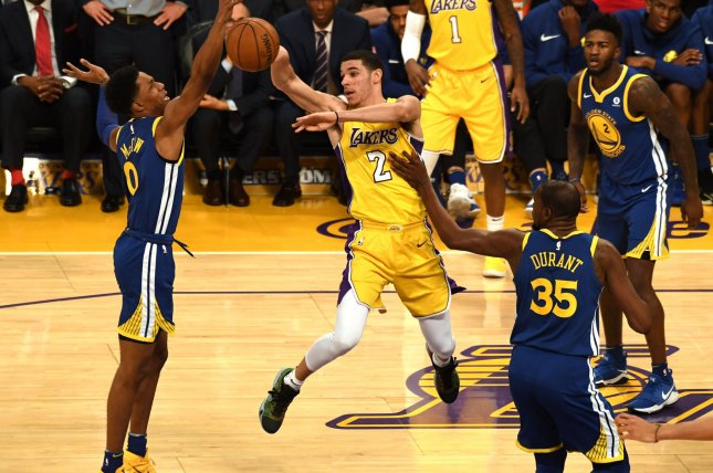 Lonzo Ball praises Julius Randle as Lakers' 'enforcer'