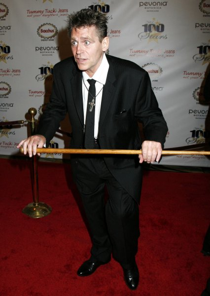 Jeff Conaway arrives on the red carpet at the 18th annual Night of 100 Stars Oscar viewing party at the Beverly Hills Hotel in Beverly Hills, California on February 24, 2008. (UPI Photo/David Silpa)