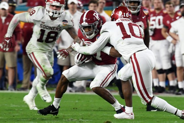 Alabama Crimson Tide wide receiver Jaylen Waddle (17) hasn't played since suffering a fractured right ankle on the opening kickoff against Tennessee on Oct. 24. File Photo by Gary I Rothstein/UPI