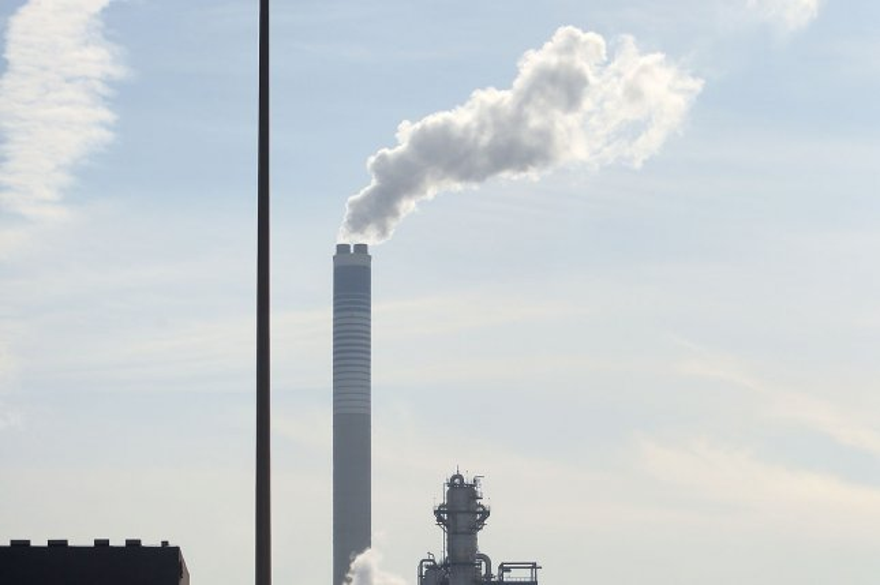 International Energy Agency: Global carbon-cutting efforts fall 60% short of goal