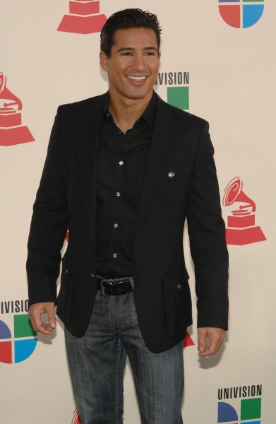 Mario Lopez arrives at the 8th annual Latin Grammy Awards at Mandalay Bay in Las Vegas Nevada on November 8, 2007. (UPI Photo/Jim Ruymen)