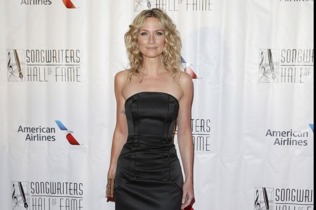 Jennifer Nettles is to co-star in NBC's Coat of Many Colors TV movie. File Photo by John Angelillo/UPI