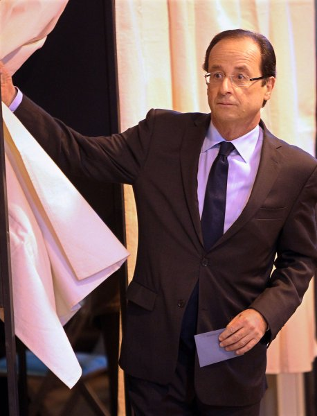 Francois Hollande votes during the first round of the French presidential election April 22, 2012. UPI/Thierry Chesnot/POOL