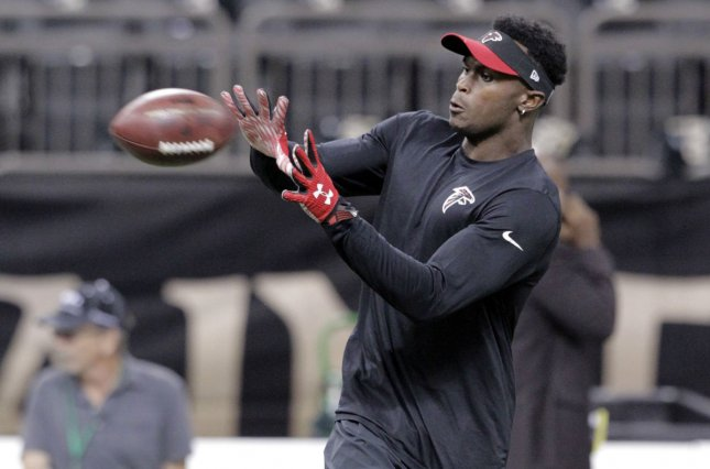 Atlanta Falcons wide receiver Julio Jones warms up in New Orleans on October 15, 2015. Photo by AJ Sisco/UPI