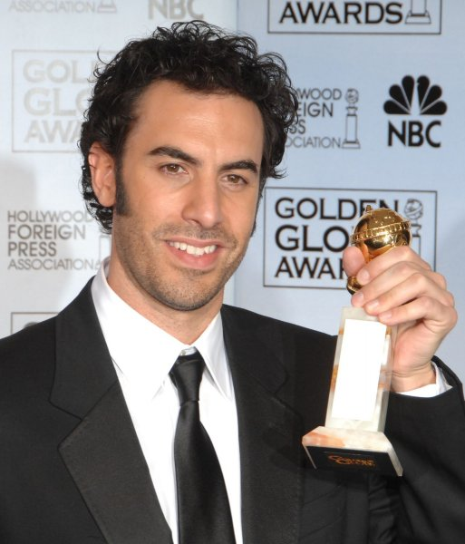 Sacha Baron Cohen appears backstage with the Golden Globe he won for Borat at the 64th annual Golden Globe Awards in Beverly Hills, California on January 15, 2007. (UPI Photo/Jim Ruymen)